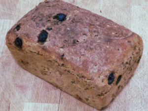 Sourdough rye with currants