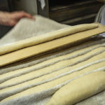 Placing sticks in a couche
